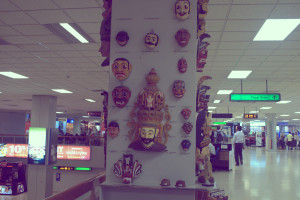 masks at the colombo airport-1